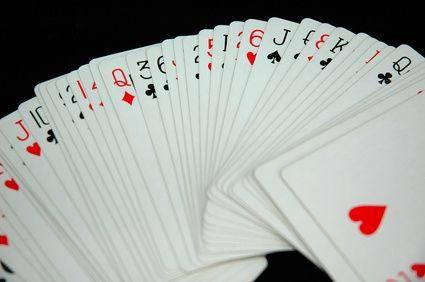 baraja con cartas desorganizadas